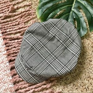 💫 F21   Gray Plaid Cabby Paper Boy Hat
